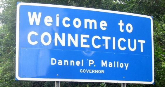 connecticut-welcome-sign-750